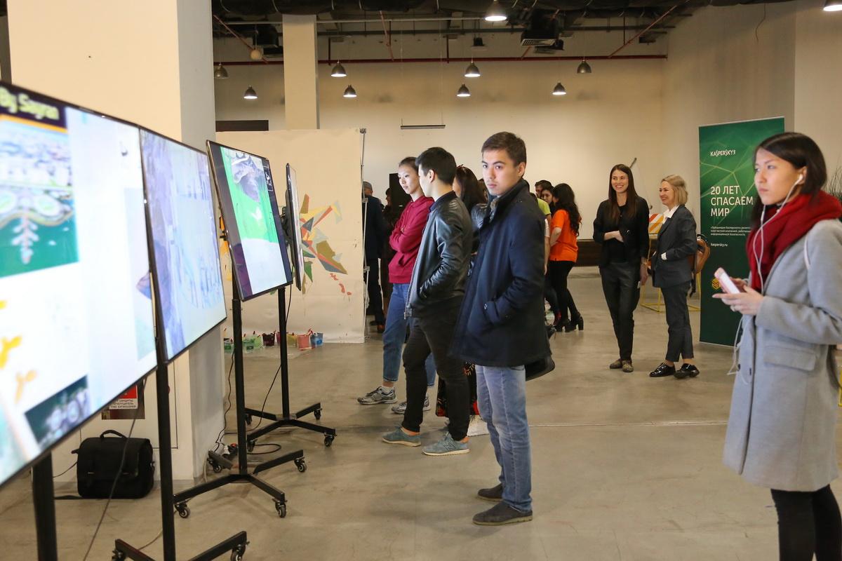 Посетители конкурса дизайна #Pixel